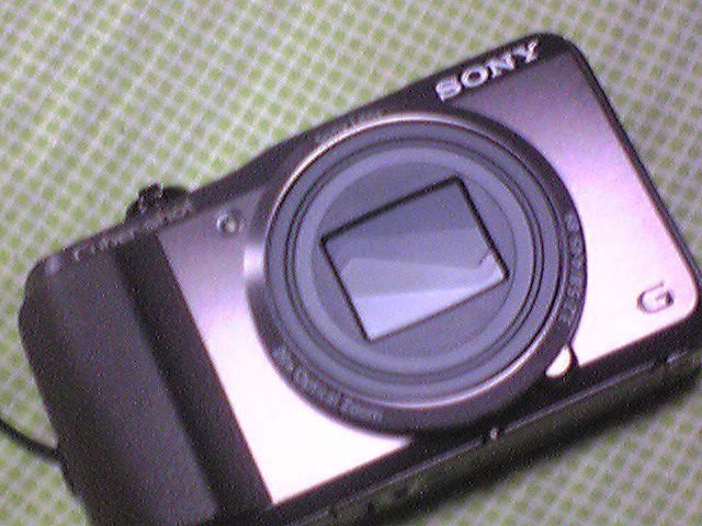 カメラ買っちゃいました〜!